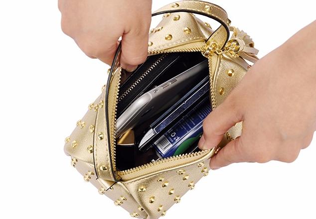 1271aefab126 Маленькая женская сумка клатч черная с заклепками код 3-373: продажа ...