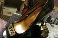 Туфли женские от Валентина Юдашкина лаковые черные Распродажа!, фото 1