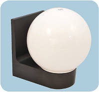 Настенный сферический светильник (пластиковый) 613 шар опаловый гладкий