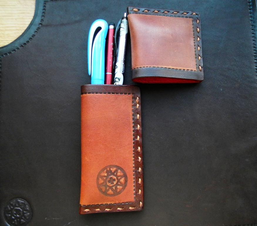 Кожаный пенал для ручек