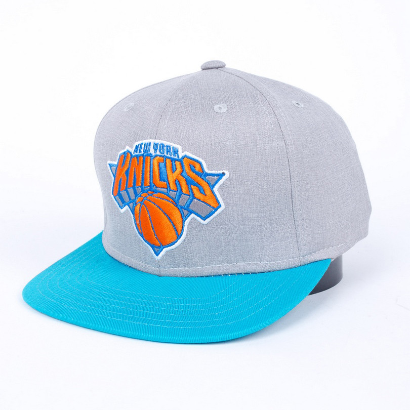 Снепбек Liberty New York Knicks серый