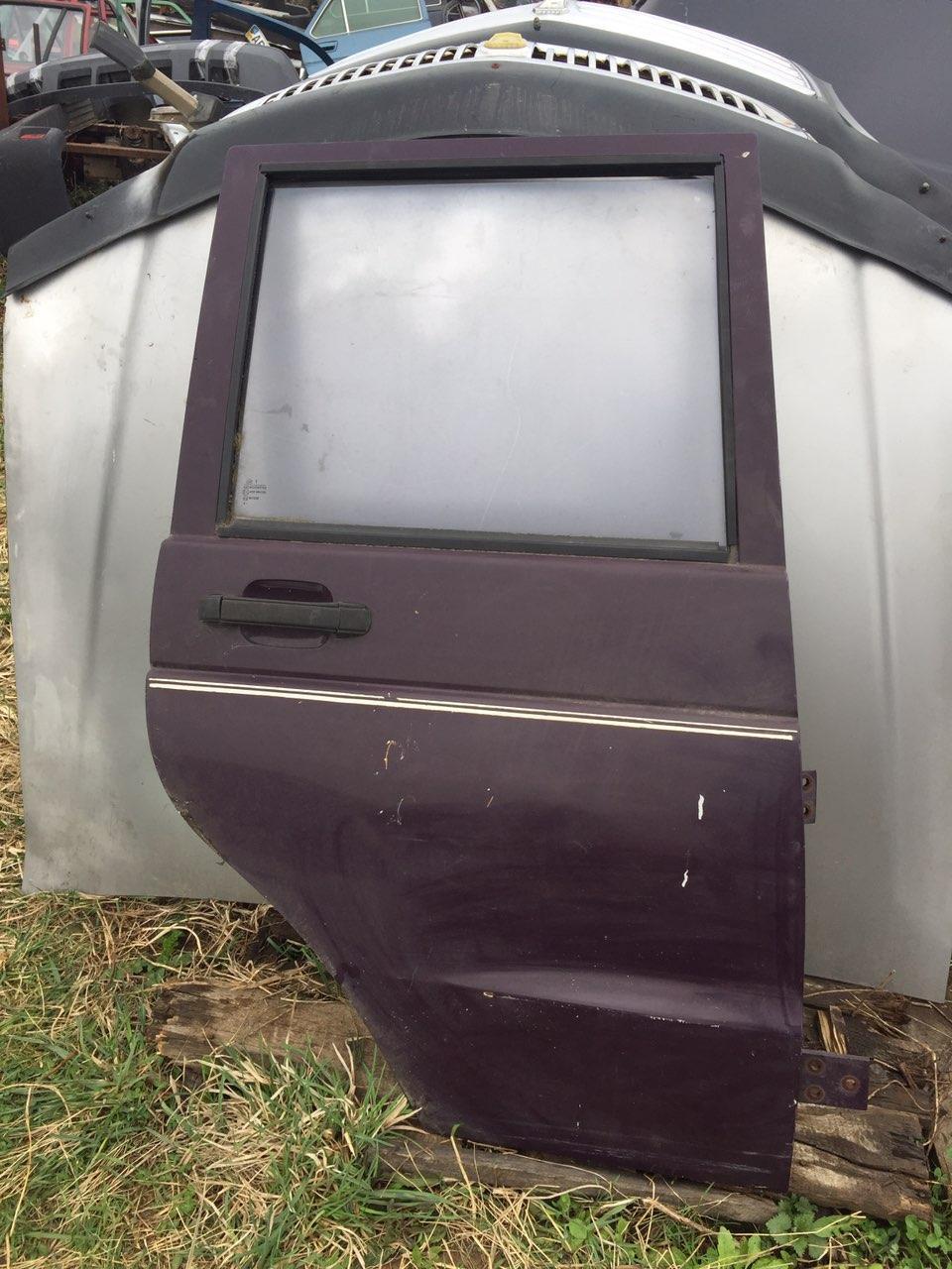 Задняя правая дверь УАЗ 3160 Симбирь бу