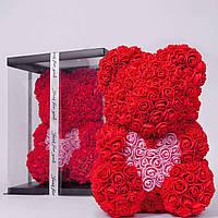 Мишка из роз в прозрачной подарочной коробке, 40 см красный с розовым сердцем. Сделан в Украине - 141155