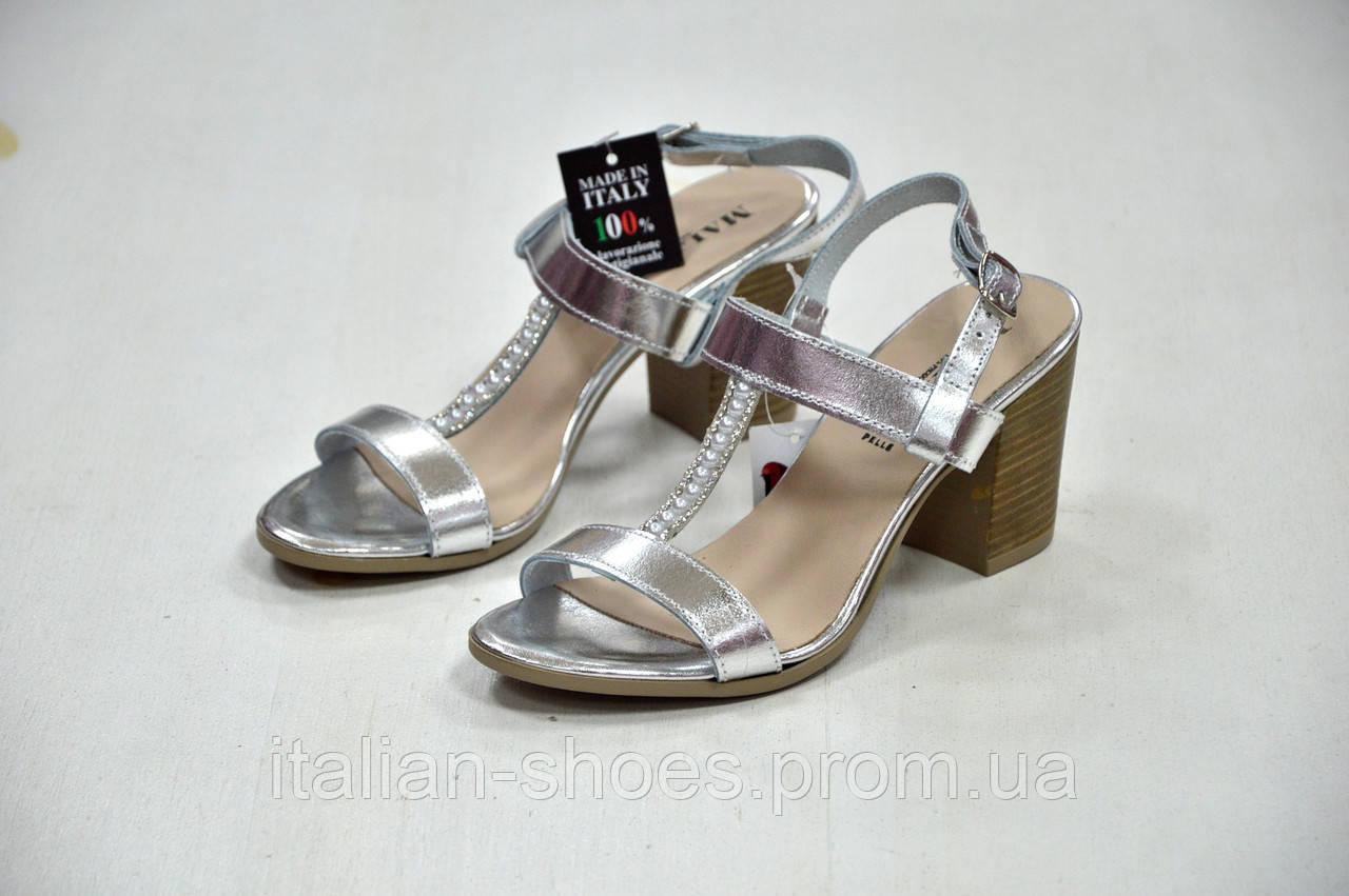 Серебряные босоножки Malibu k. 7134