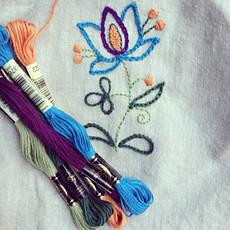 Вышивка нитками и лентами