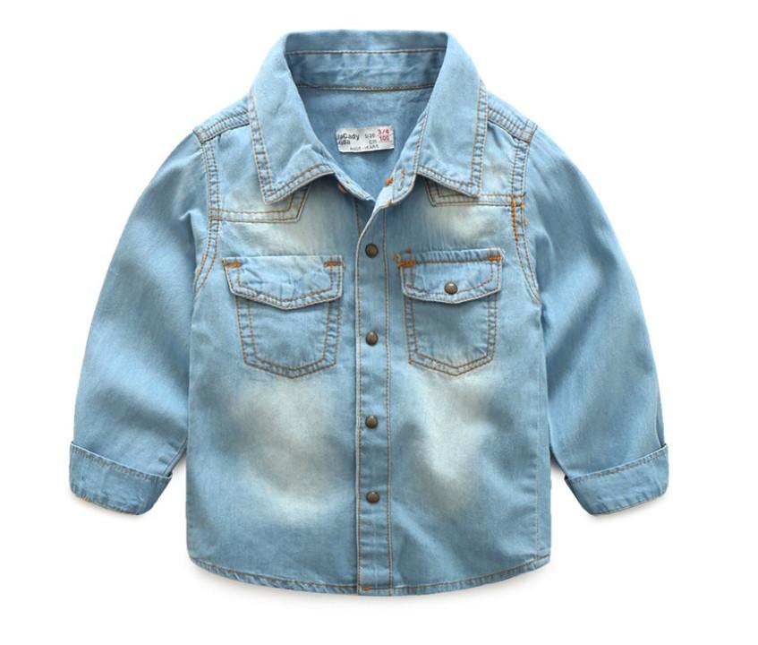 Рубашка джинсовая  на мальчика голубая 7 лет