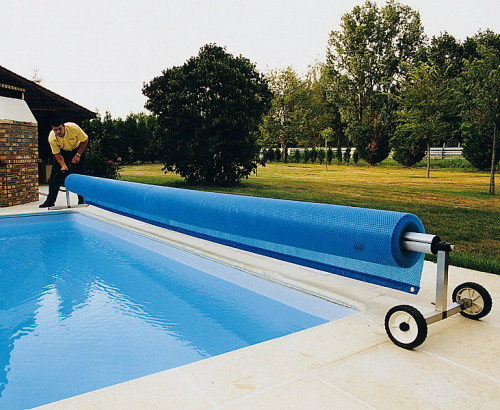 сматывающее устройство для бассейна