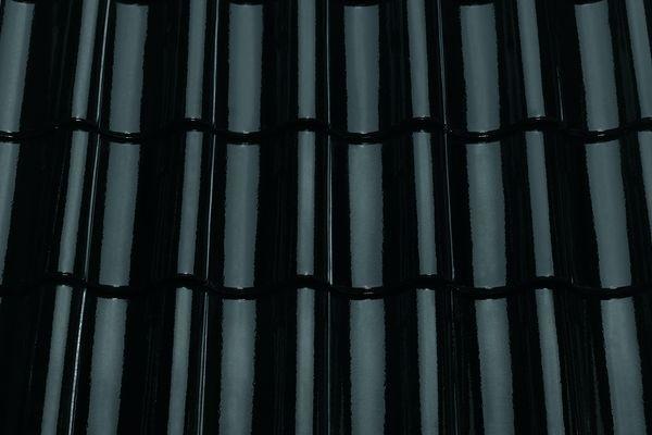 Керамическая черпица TG 10  10 brillant schwarz glasiert