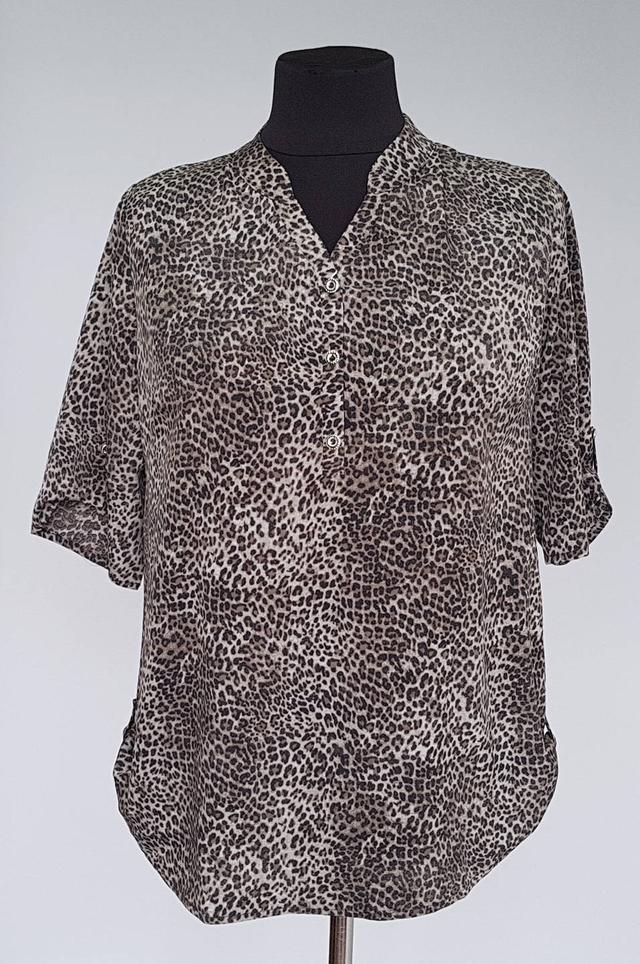 фотография летняя блуза большого размера леопардовой расцветки