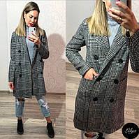 Пальто женское  из пальтовой ткани в клетку , с подкладкой.