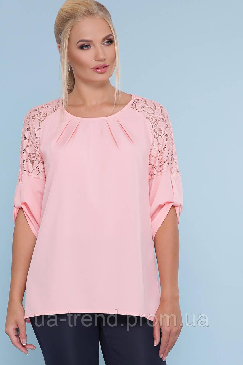 Рожева блузка з гіпюром батал