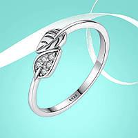 """Кольцо из серебра 925 пробы с цирконием (фианитом) """"Silver Leaf"""", диаметр 18,2 mm."""
