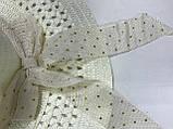 Летняя молочная шляпка из соломки украшена лентой с бантом, фото 2
