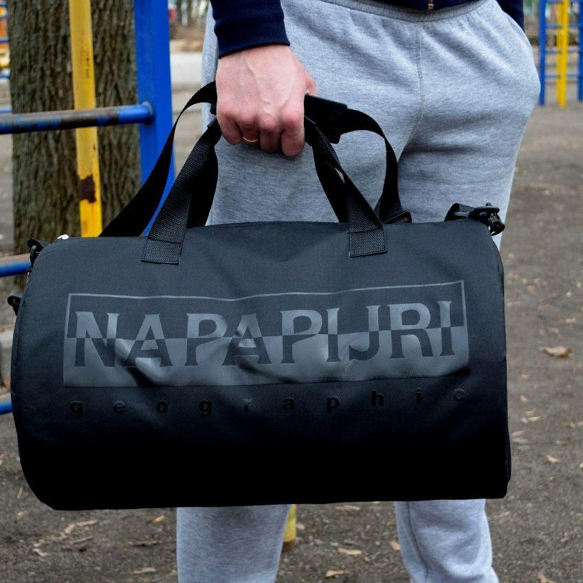 Спортивная дорожная сумка бочонок Napapijri черная с черным