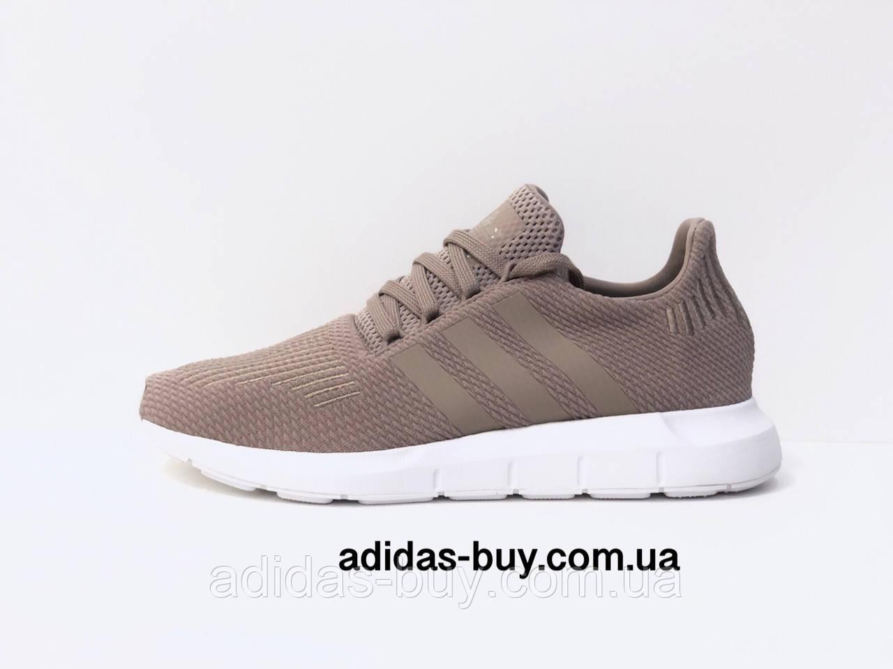 Кроссовки оригинал adidas женские Swift Run B37715 цвет: бежевый сезон: Весна/Лето