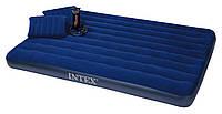 Двуспальный надувной матрас с ручным насосом и 2 подушками Intex 68765 (152см х203см х 22см), фото 1