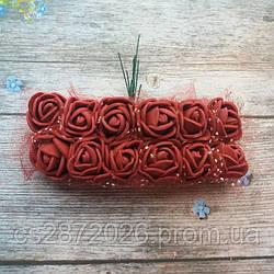 Розы из фоамирана с фатином .Цвет-бордовый,диаметр 20 мм.(цена за пучок 12 шт)