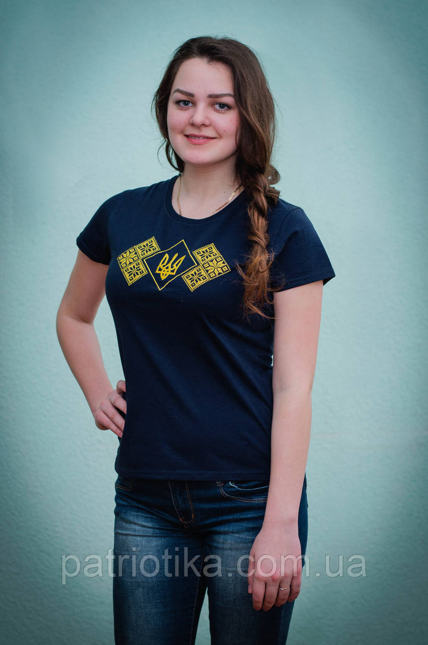 Вышитая футболка женская | Вишита футболка жіноча