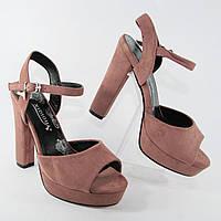 Босоножки женские на каблуках розового цвета из искусственной замши