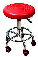Красный стул для мастера без спинки