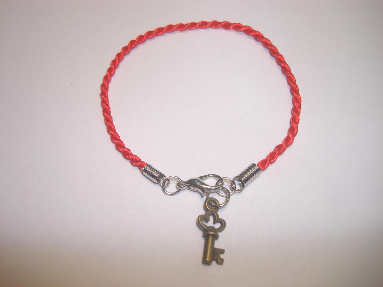 Браслет Красная нить «Ключ»