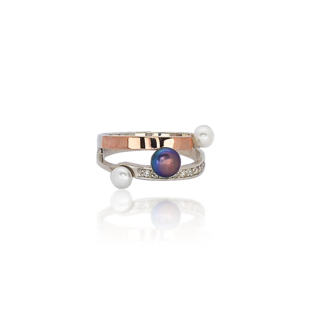 Серебряное кольцо с золотыми пластинами и фианитами ТИАНА