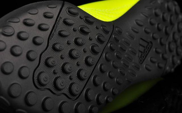 detskie-futbolnye-sorokonozhki-adidas-0q9q2287
