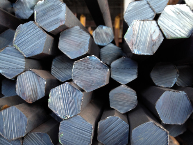 Шестигранник сталевий гарячекатаний № 9 мм ст. 20, 35, 45, 40Х довжина від 3 до 6 м