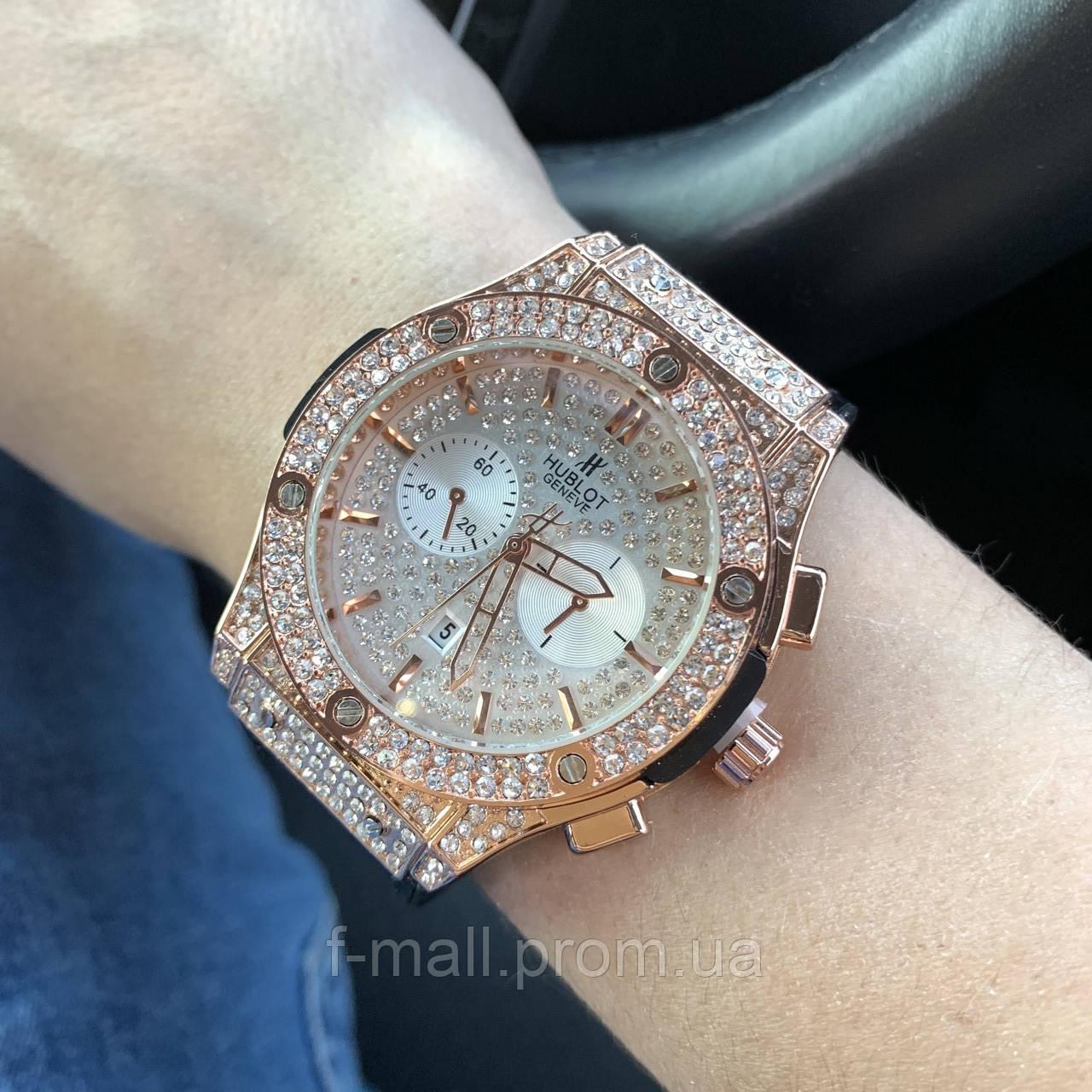 Стильные женские наручные часы Hublot черные (реплика)