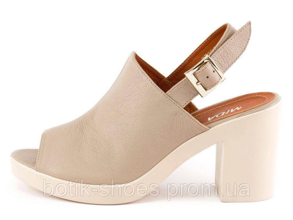 a8d137b30fb28f Босоніжки жіночі шкіряні на високому каблуку платформі Mida 23718 - интернет -магазин обуви