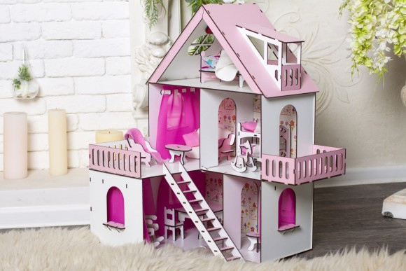 Крашеный кукольный домик Солнечная Дача с обоями, шторками, мебелью и текстилем