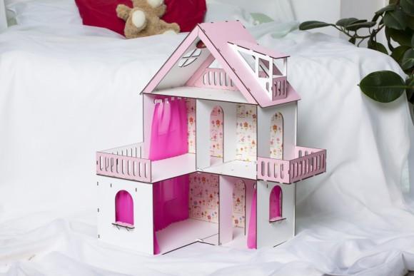 Фарбований ляльковий будиночок Сонячна Дача з шпалерами і шторками