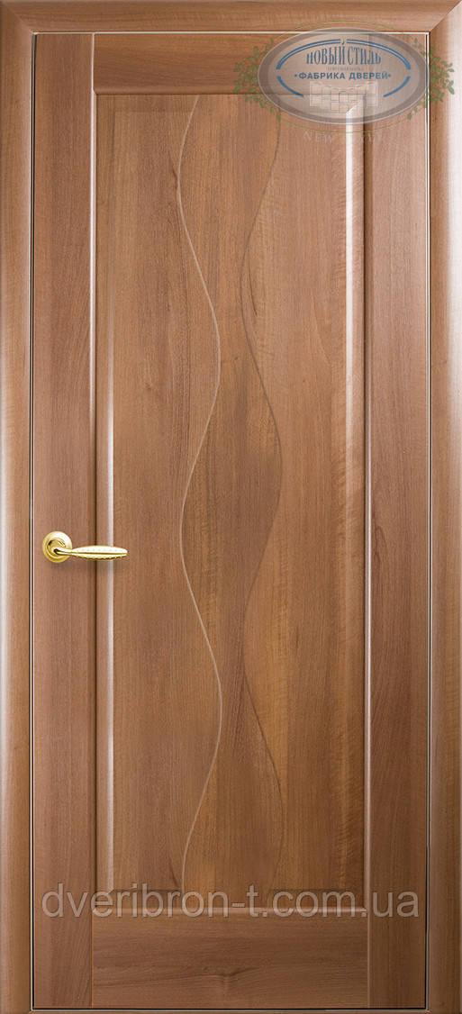 Двери Новый Стиль Волна глухое золотая ольха, коллекция Маэстра Р