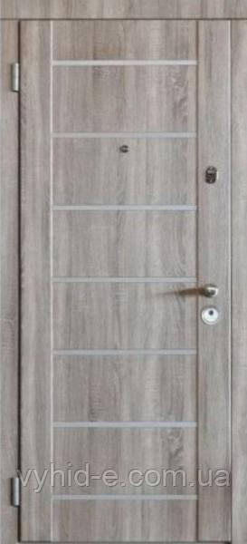 Двери входные Milano. Стретта для квартиры с зеркалом + молдинг