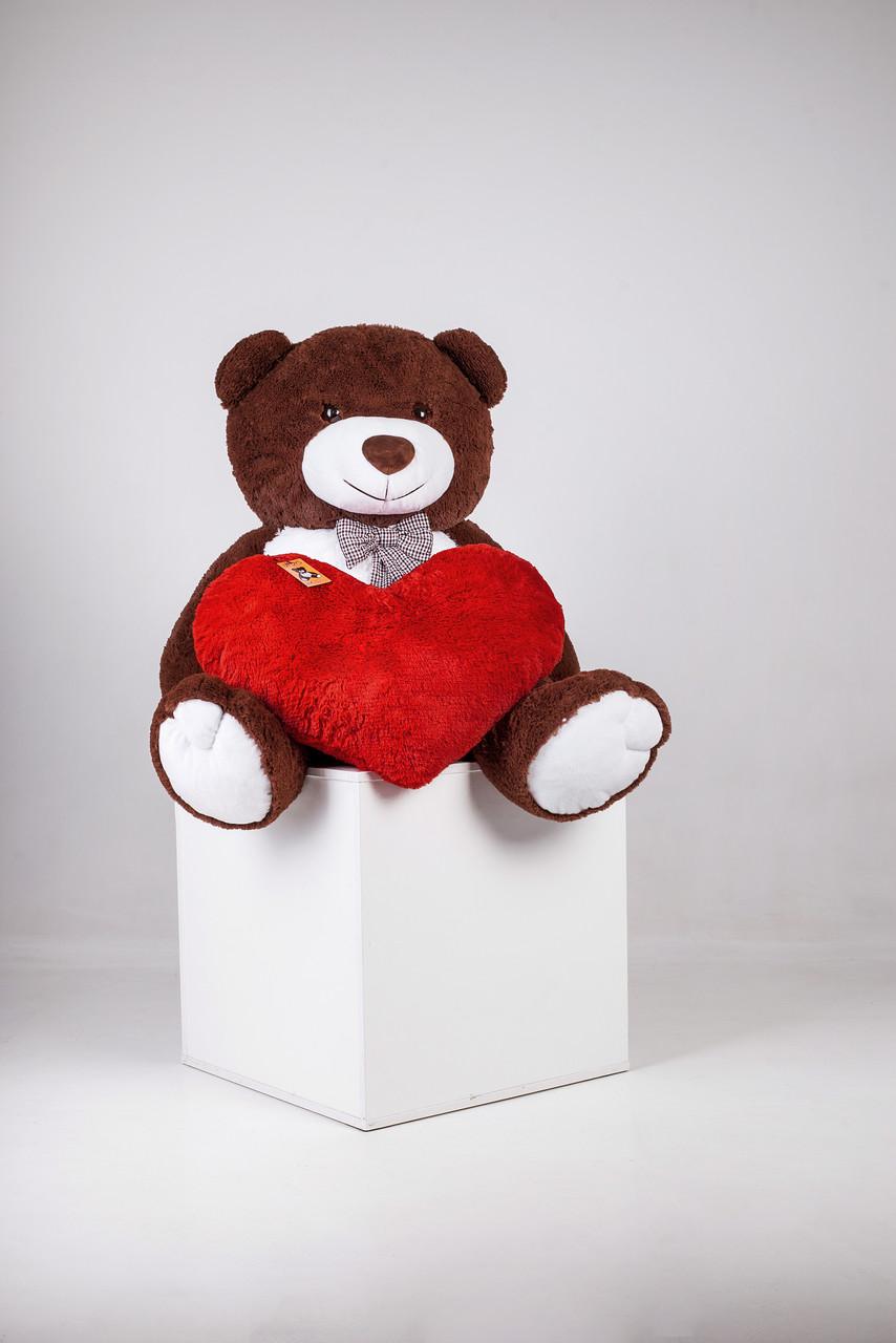 Большой плюшевый мишка Тедди с сердцем