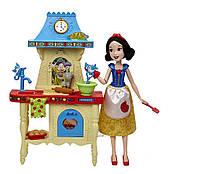 Игровой набор кукла Белоснежка с кухней Disney Stir and Bake