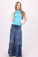 Длинная женская юбка модного кроя из тонкого джинса