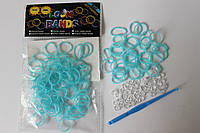100 штук  бледно бирюзовых резиночек