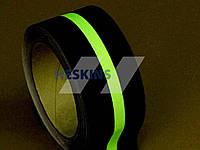 Абразивна люмінісцентна протислизька клейка стрічка Heskins 50мм/пог.м. (18.3м)