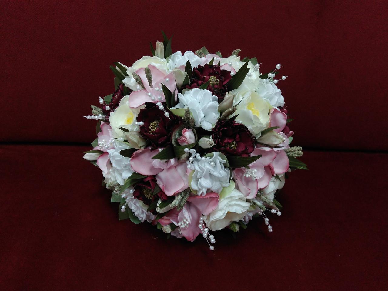 Свадебный букет-дублер из орхидей и пион бордовый с молочным и розовым