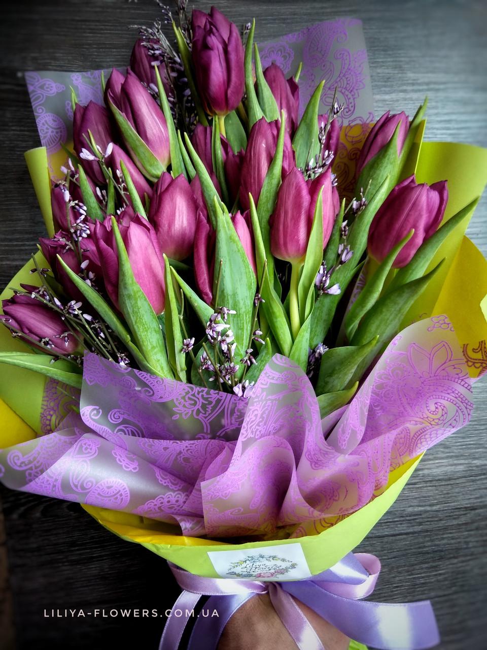 Букет 21 тюльпан