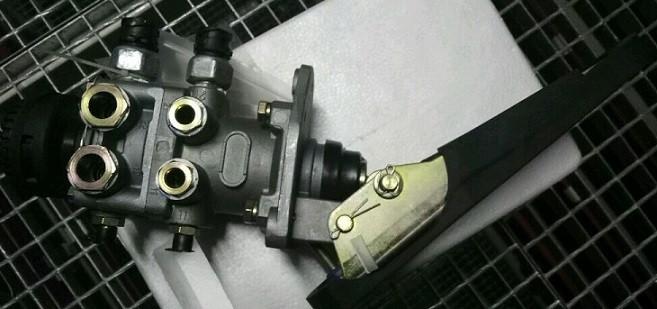Цилиндр тормозной главный с педалью 3514105-362 FAW 3252 (Фав 3252)