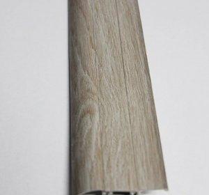Плинтус Тис 24 Дуб светлый 56мм с кабель - каналом