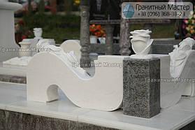 Памятник женщине из белого мрамора в Киеве, Совское кладбище 7
