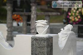 Памятник женщине из белого мрамора в Киеве, Совское кладбище 9