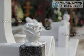 Памятник женщине из белого мрамора в Киеве, Совское кладбище 11