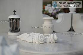 Памятник женщине из белого мрамора в Киеве, Совское кладбище 12