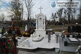 Памятник женщине из белого мрамора в Киеве, Совское кладбище 3