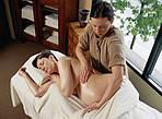Расслабляющий массаж в период беременности.