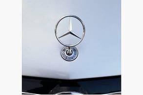 Значок в капот прицел Mercedes Е-211